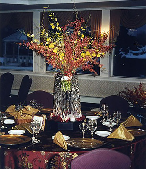 Pyramid-Vase-Centerpiece