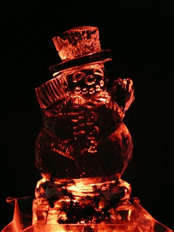 Snowman-Sculpture