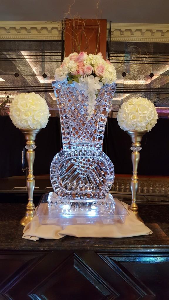 003 Vase