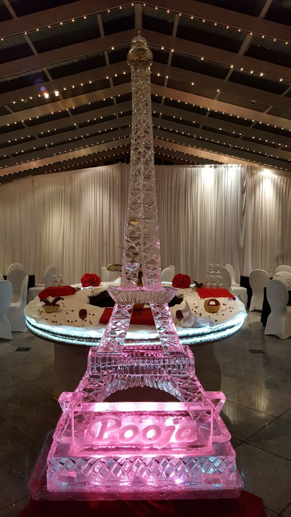 8-foot Eiffle Tower with Name