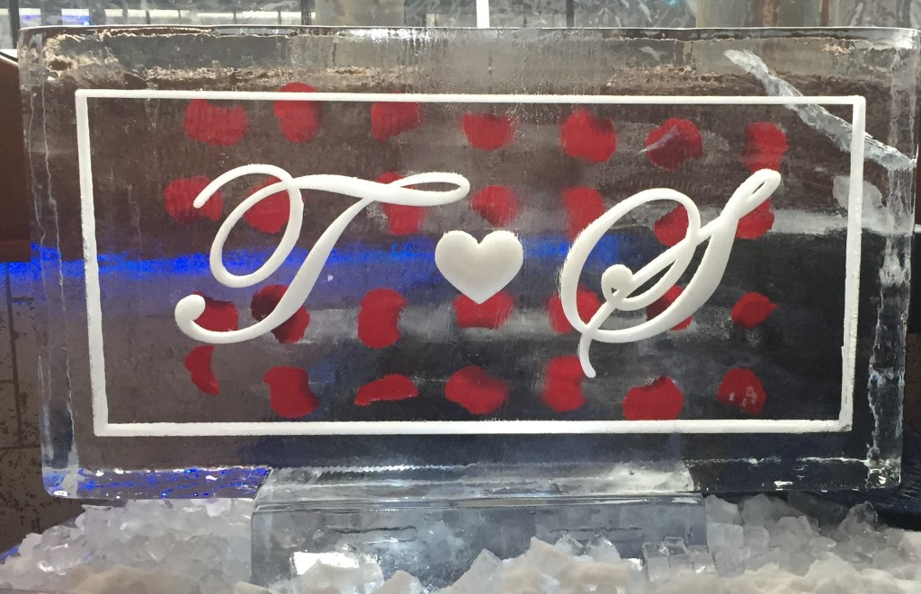 Two Initials Horizontal Freeze-in Rose Petals 800