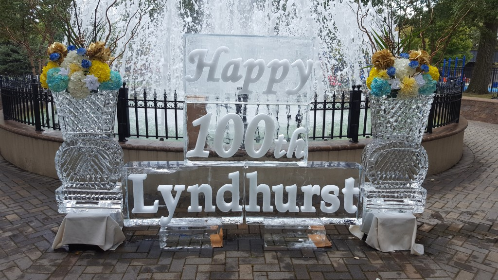 Lyndhurst Centennial with Snow & Vases