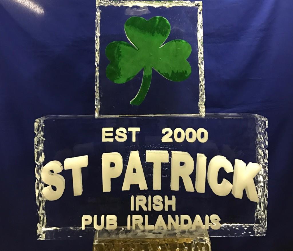 St Patrick Irish Pub with Insert